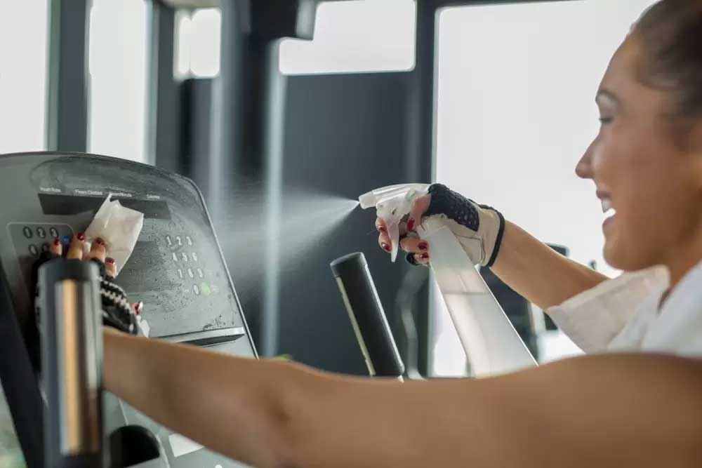 Fitness terem takarítás